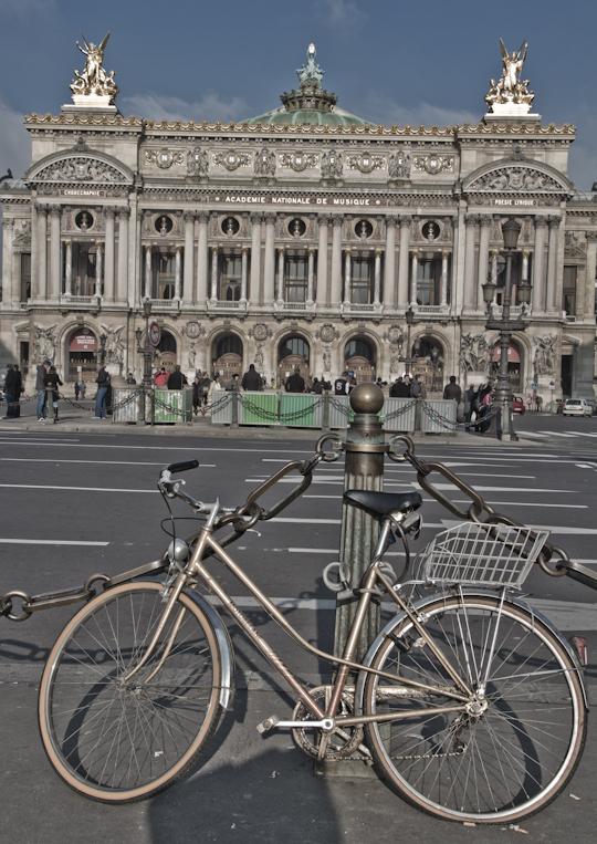 Le Palais Garnier: Opera & Architecture