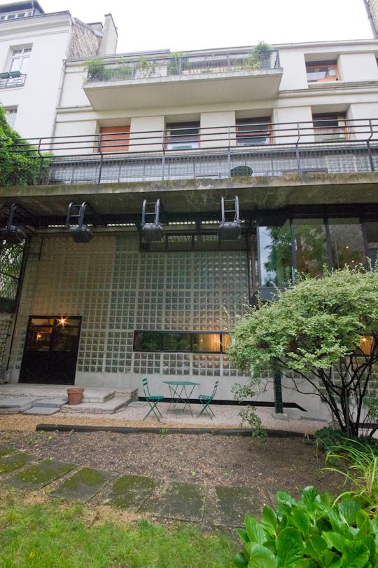 Early Modern Architecture in Paris: La Maison de Verre