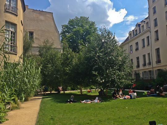 Jardin des Rosiers 1