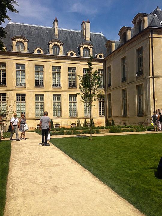 Jardin des Rosiers 2